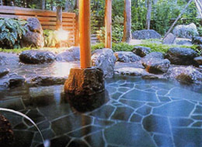 Shobei no-yu Onsen Outdoor.jpg